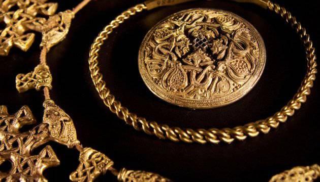 разлюбить тебя в дании нашли золотой клад букмекерские