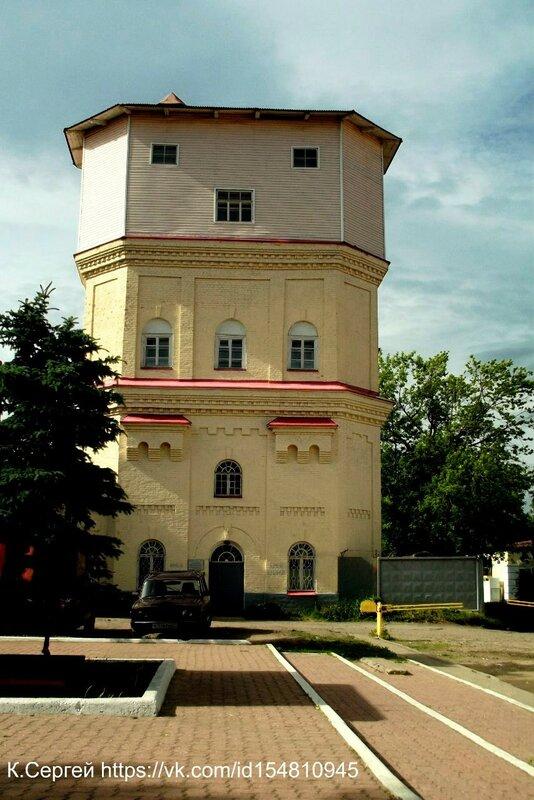 Водонапорная башня в Волхове