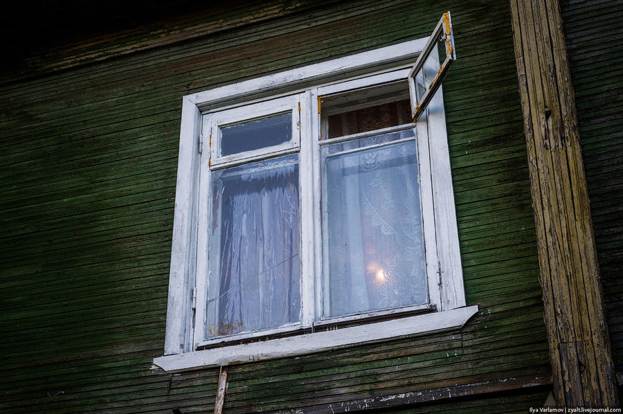 15. Но свет за окошком говорит, что здесь тоже живут люди. О массовых «сходах со свай» СМИ