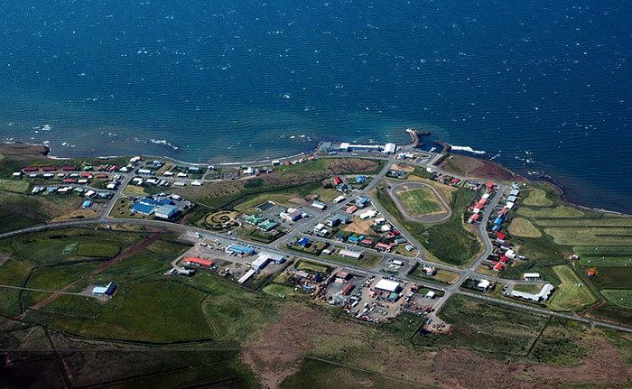 Мужчина, не знающий адреса, отправил в Исландию письмо с нарисованной на конверте картой
