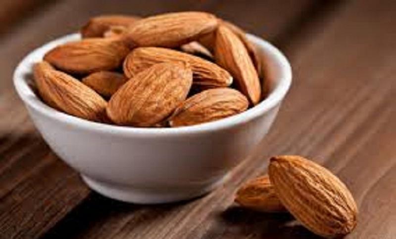 Оливки  Этот продукт способствует нормализации работы желудка и контролю над весом. Десять оливок