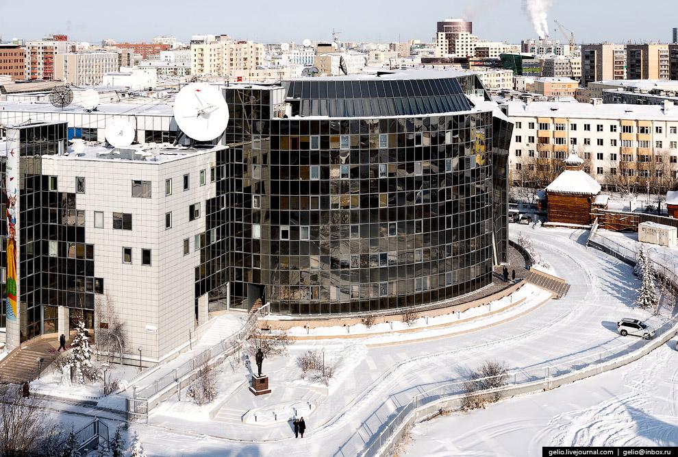 52. В ноябре 2016 года Якутск был назван «Самым добрым городом России». Он победил в конкурсе в
