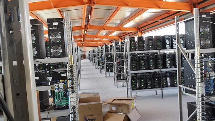 10. Новые ASIC-установки для майнинга появляются каждый месяц, и они гораздо мощнее предыдущих. Здес