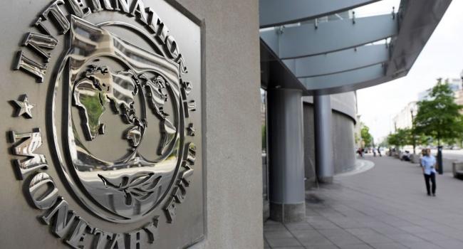 Кабмин рассчитывает нановый транш отМВФ вобъеме млрд долларов