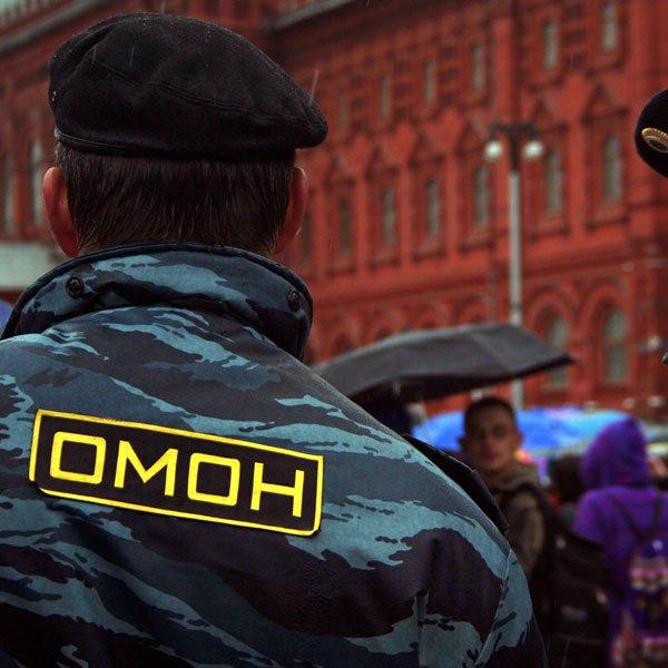 ОМОН освободил москвича, запертого «работодателями» вквартире на2 недели
