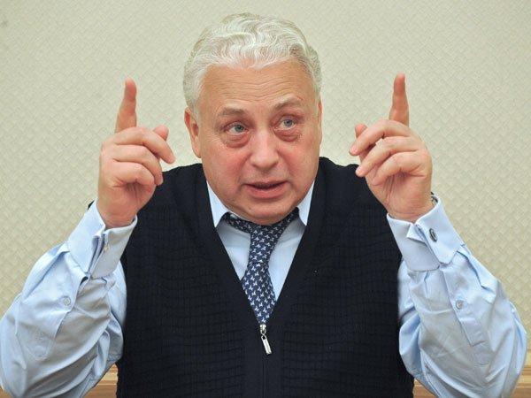 «Ведомости» узнали освязи поставщиков фармацевтических средств столице свице-мэром Печатниковым