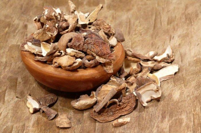 7-сантиметровые грибы увеличились вжелудке китаянки
