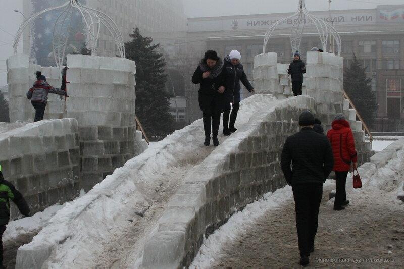 Саратовская крепость, Саратов, Театральная площадь, 07 января 2017 года