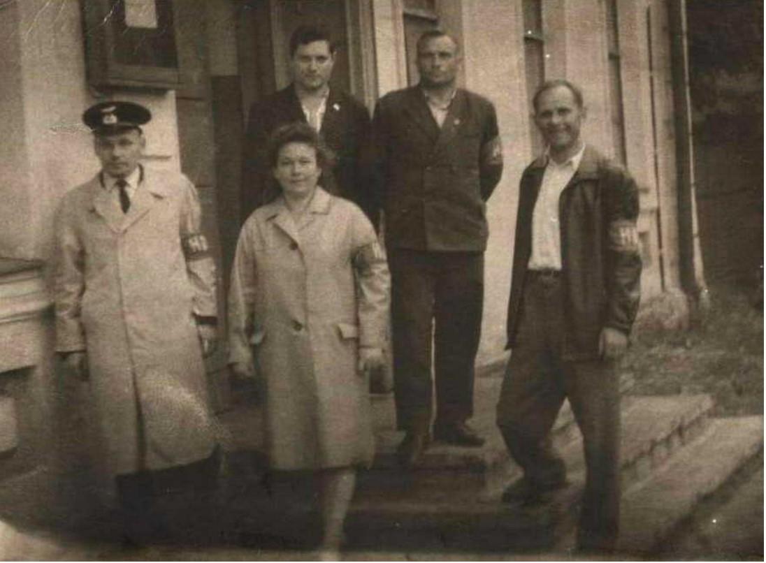 1965. Дружинники станции Псков