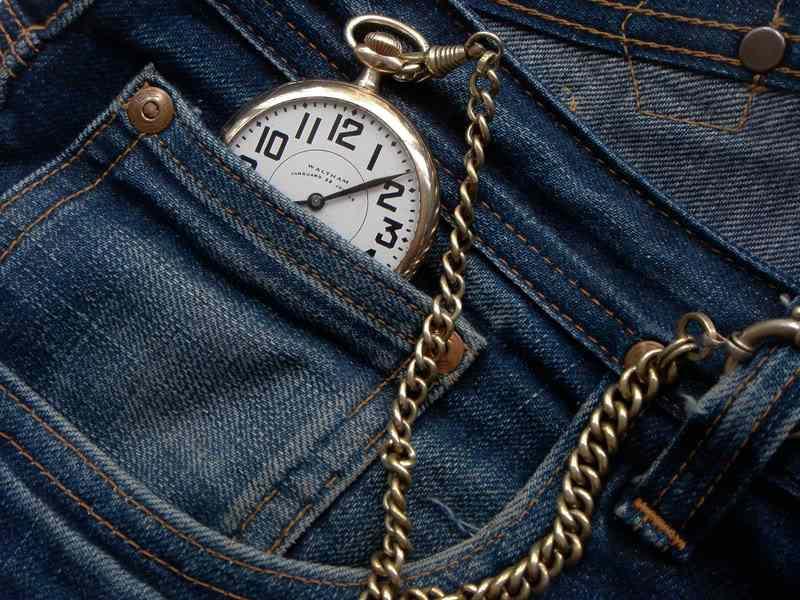 маленький кармашек в джинсах