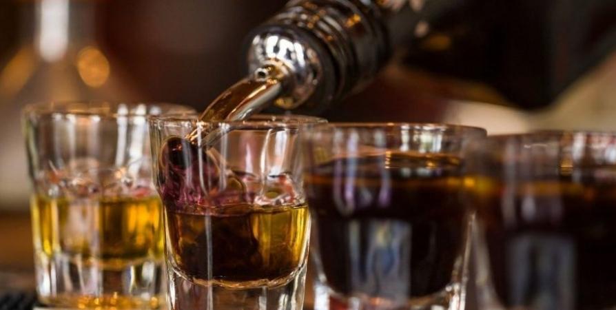 Допустимую дневную дозу алкоголя предложили писать наэтикетках бутылок