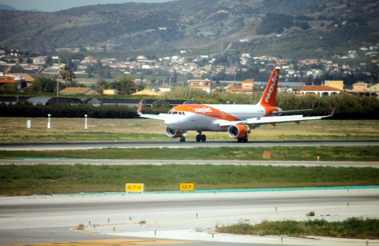 Airport Malaga-Costa del Sol. easyJet A320 G-EZOZ