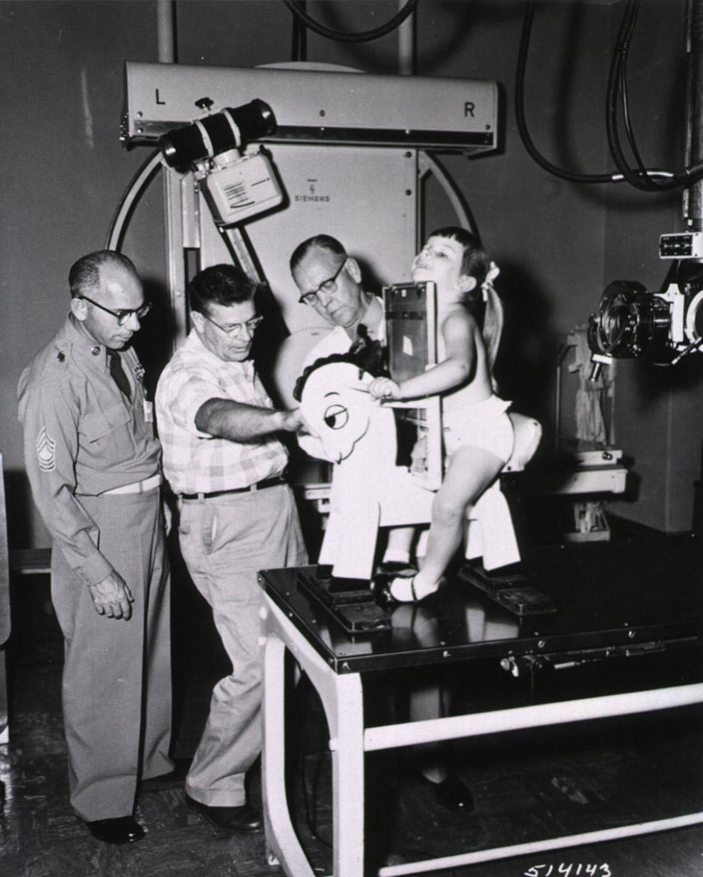 8. Еще одна фотография пластикового человечка, который использовался при измерении воздействия