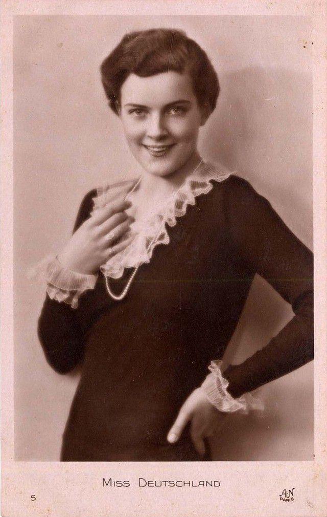 Мисс Болгария Кунка Христова Чобанова-Недева.