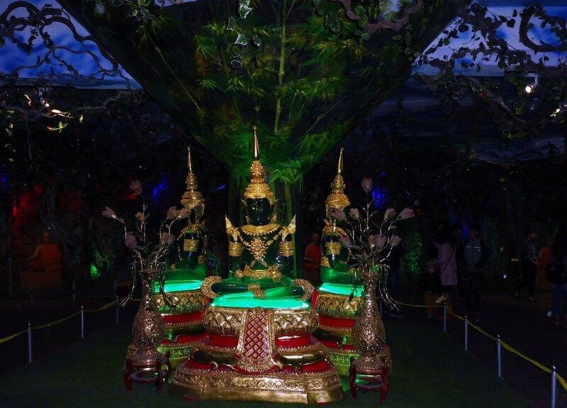 Изумрудные Будды