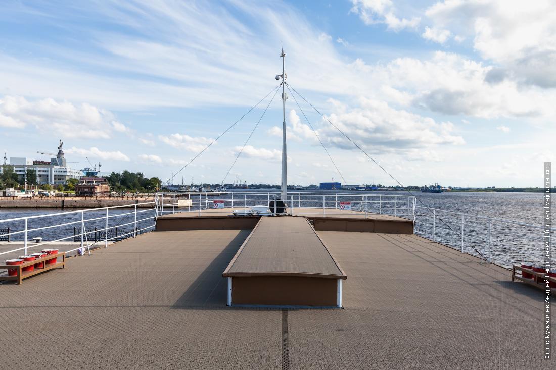 колесный пароход Гоголь фото верхняя палуба