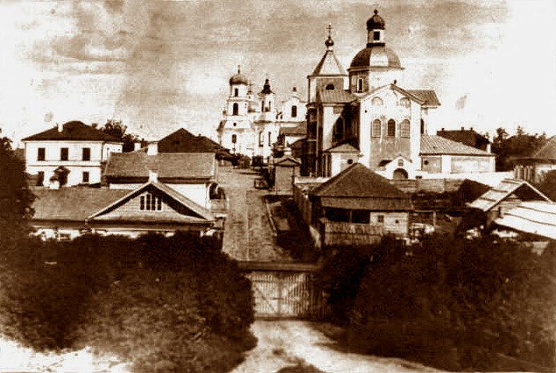 1872 Невель. Замковая улица. Вид от замка.jpg