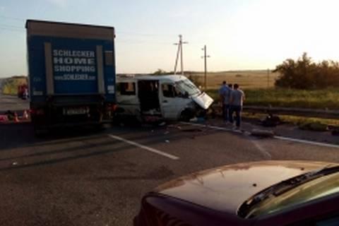 Из-за ДТП в России погибли 6 жителей Украины, еще 3 травмированы, - российские СМИ