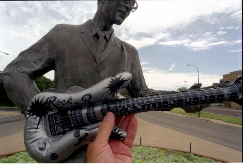 31. Мемориал музыканта Бадди Холли в Техасе.