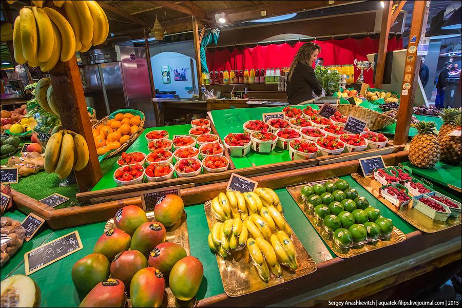 26. Клубника 2-4 евро за корзине, дыня — 3,50, манго — 5, малина — 3 евро за корзи