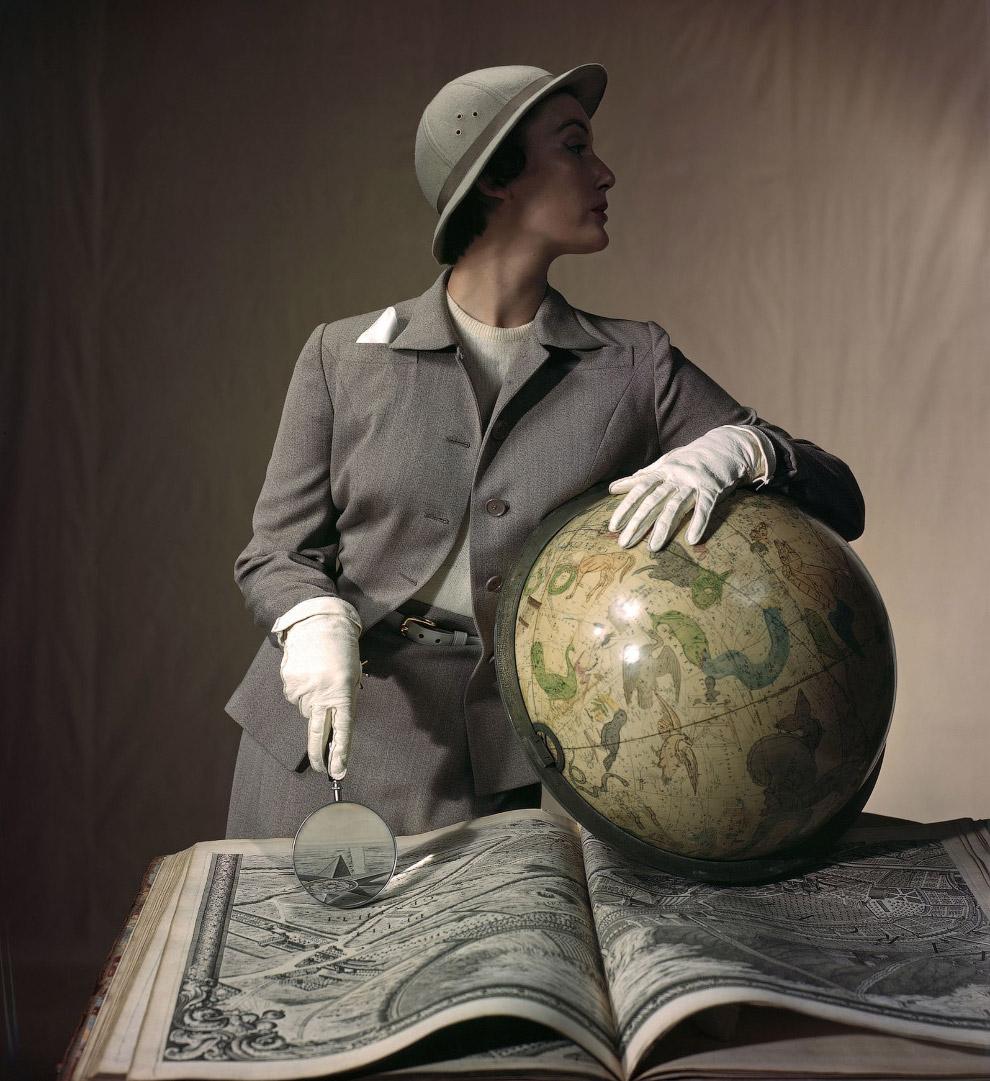 35. Модель Мьюриэль Максвелл на обложке июльского выпуска журнала Vogue за 1939 год. Фото Хорст