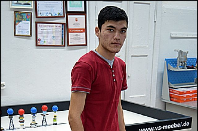 17-летний красноярец создал доступный пообразу иподобию каркаса для парализованных людей