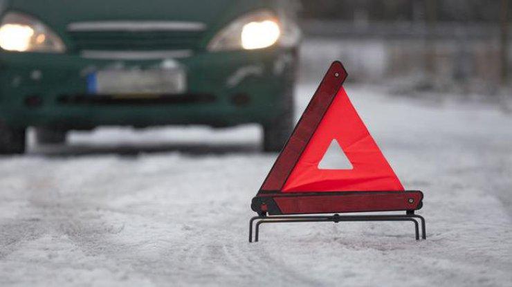 ВКиеве заутро из-за снегопада случилось неменее 80 аварий