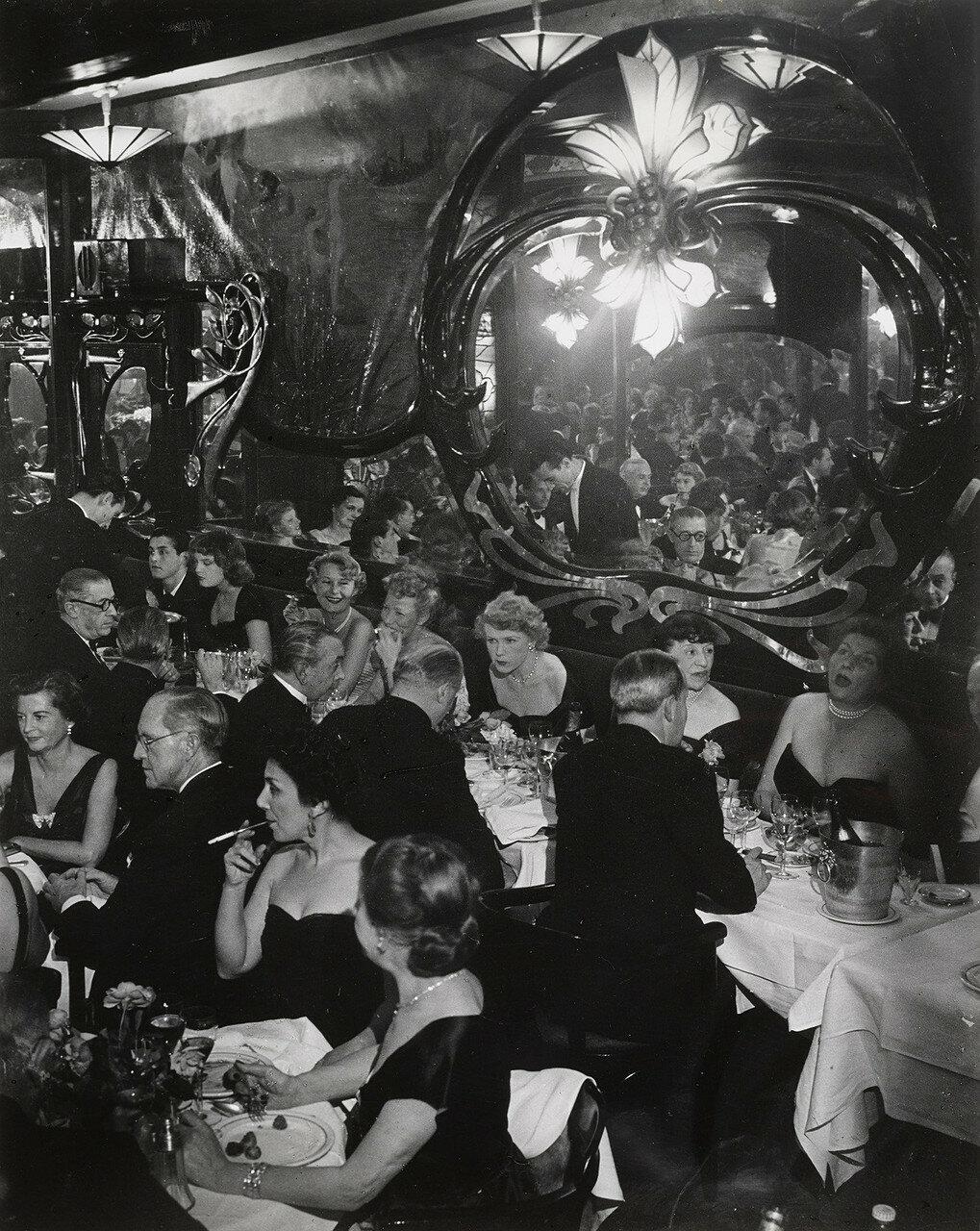 1949. Праздничный вечер в Максиме