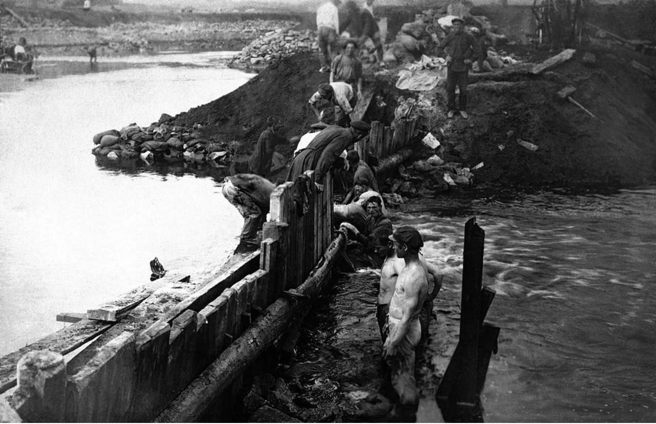 1927. Челябинск.  ЧГРЭС. Плотина. Замыкание перемычек