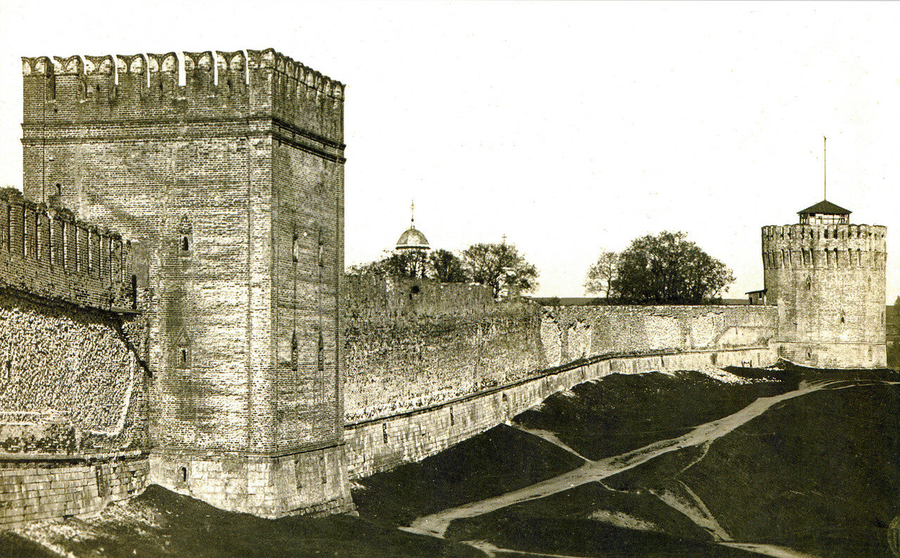 Башни Позднякова и Веселуха