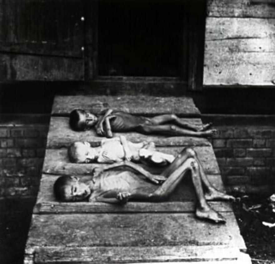Дети, умершие от голода. Марксштадт