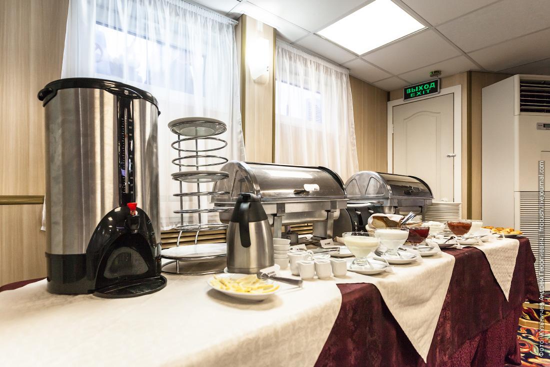 завтрак шведский стол на теплоходе Некрасов фотография