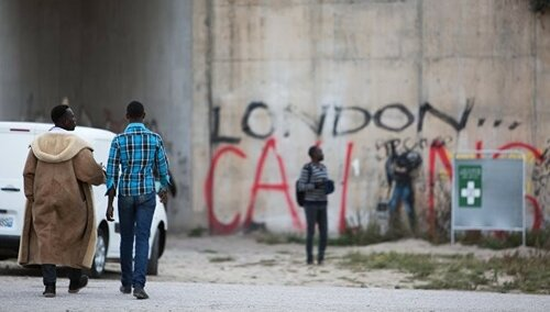 ВоФранции завершили снос лагеря мигрантов вКале