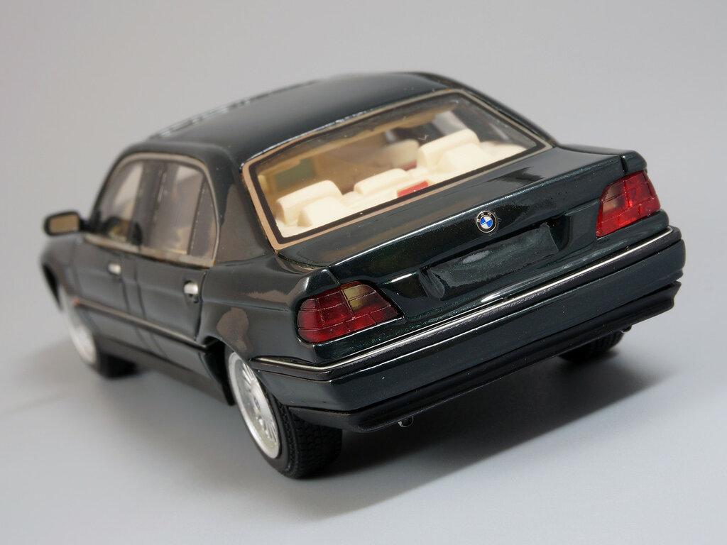 BMW_L7_09.jpg