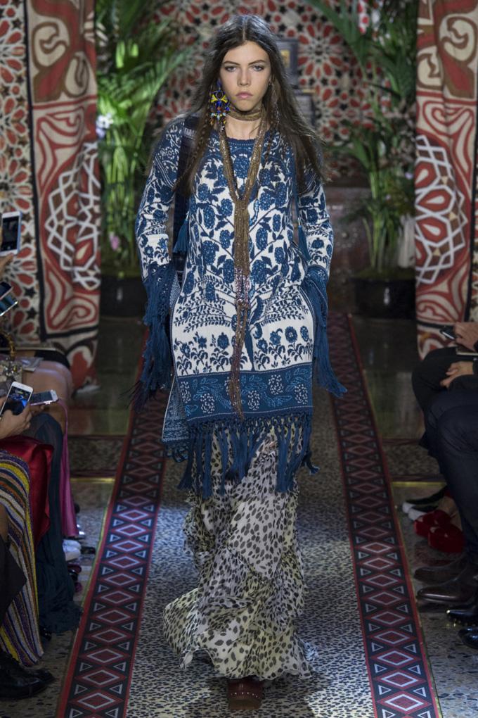 Неделя моды в Милане: Roberto Cavalli весна-лето 2017