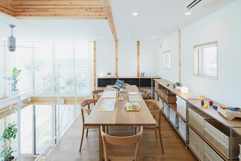 Проект просторного дома Wood House