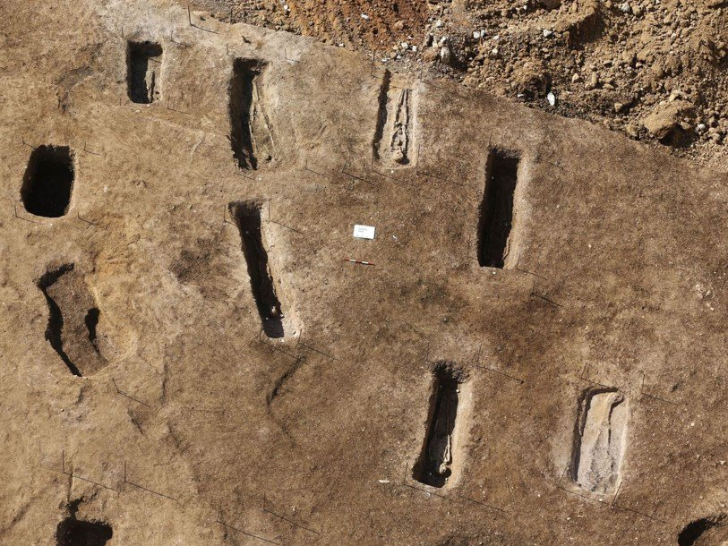 Древнее кладбище времен Римской империи раскопали строители вЛиване