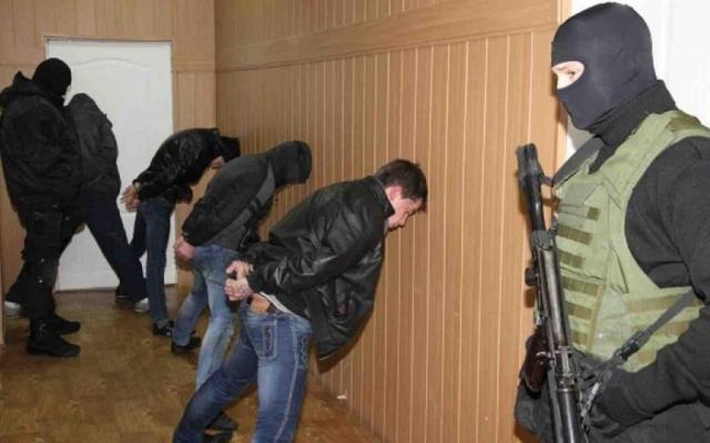ВБрянске задержали банду 26 наркоторговцев