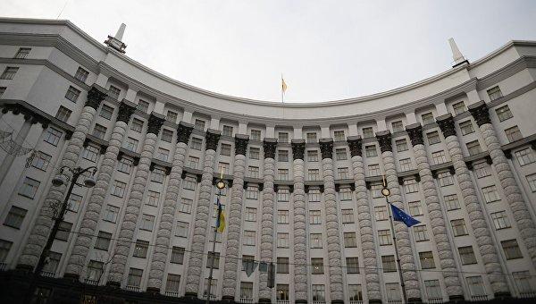 Кабмин одобрил законопроект оприватизации спиртовых заводов