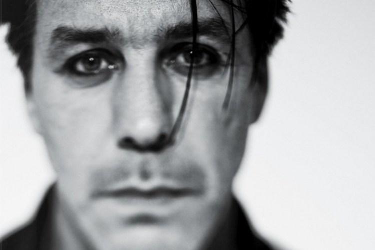 Весь тираж сборника стихов вокалиста Rammstein раскупили в 1-ый день продаж