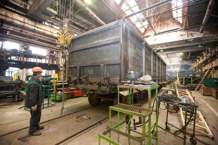 Крюковский завод поставит «Укрзализныце» 350 грузовых вагонов