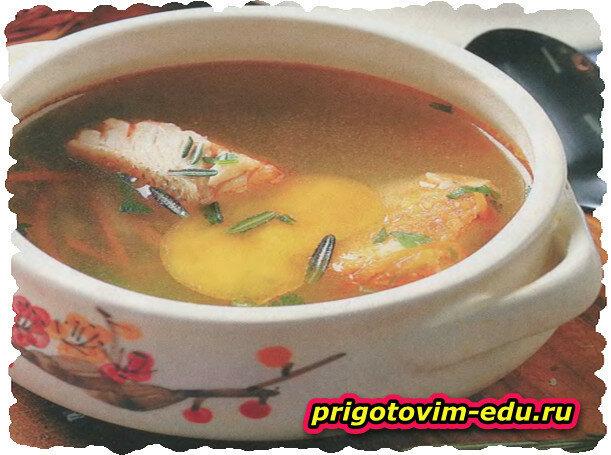Рыбный суп с розмарином
