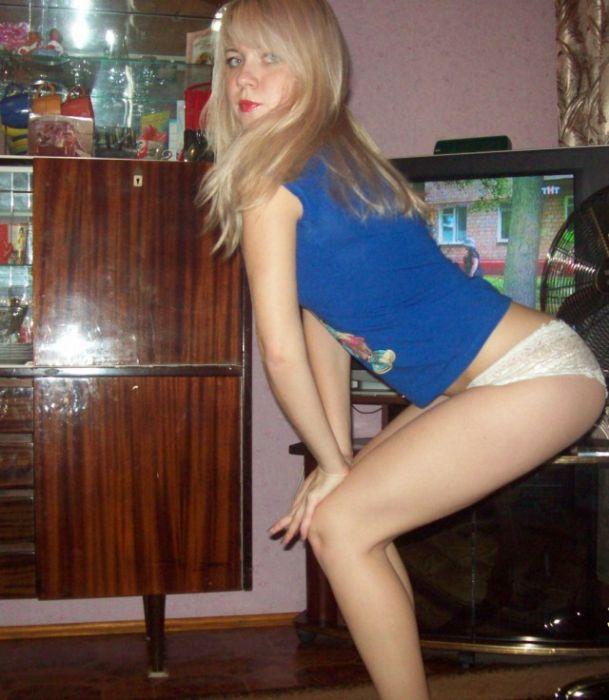 seksualnuyu-blondinku-trahnuli-krasivo
