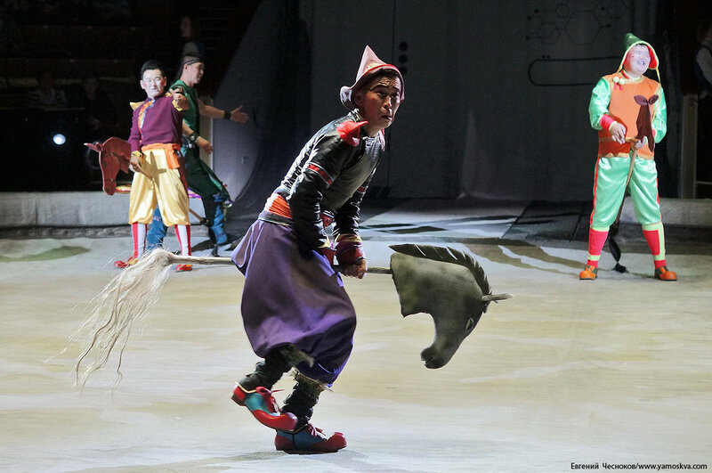 Цирк Бурятии. 03Б. Скачки клоуны. 01.11.16.03..jpg