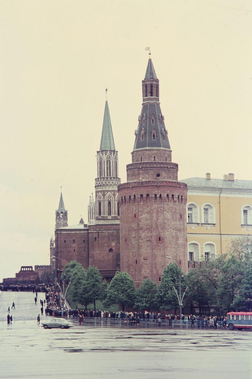 Часть Красной площади