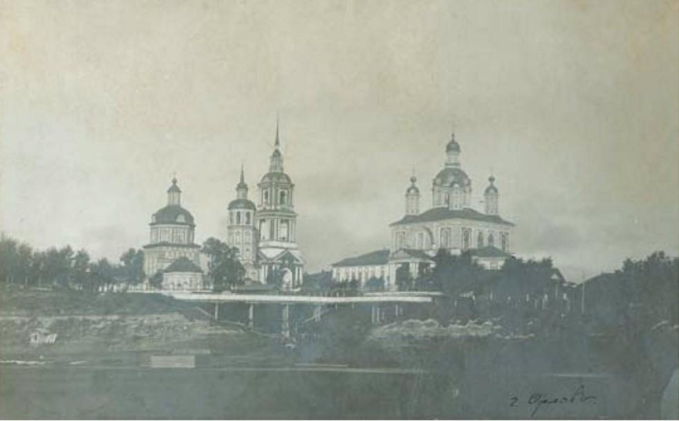 Троицкая церковь и Казано-Богородицкий собор