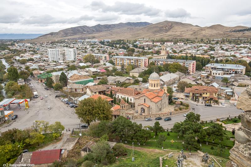 На шинах Viatti по Грузии. Гори и крепость Горисцихе