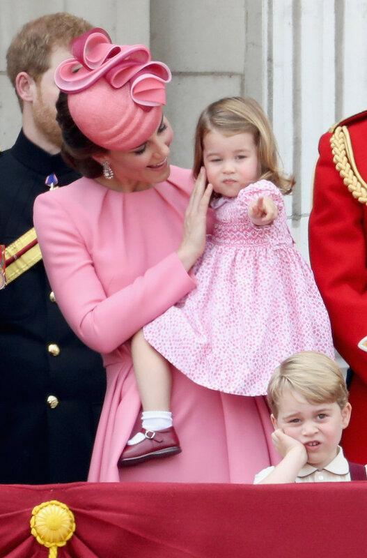 Платье как у принцессы Шарлотты станет частью новой коллекции стрит-бренда