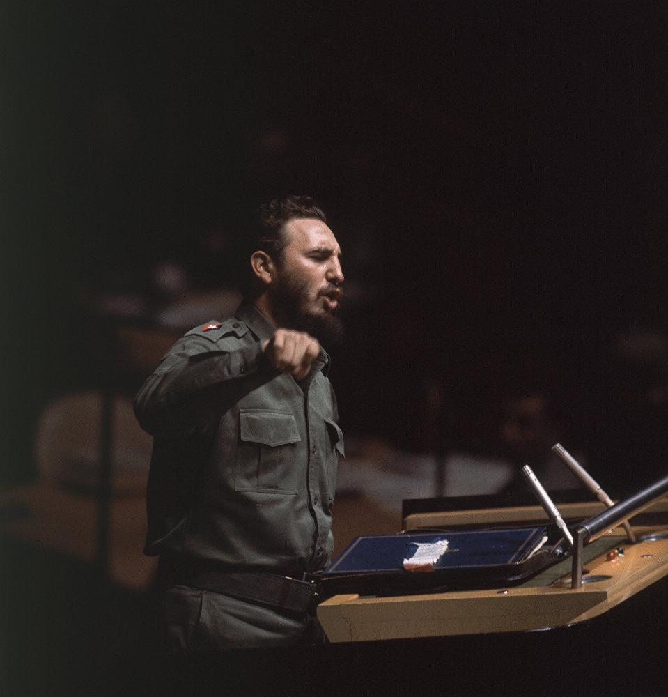 Речь Кастро Когда исчезнет философия грабежа, тогда исчезнет и философия войны на 15-й сессии ГА ООН 27 сентября 1960 длилась 4 часа 29 мин. Она вошла в книгу рекордов Гиннесса как самая длинная в истории ООН.jpg