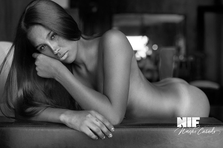 Light Room NIF MAGAZINE / Nacho Casado